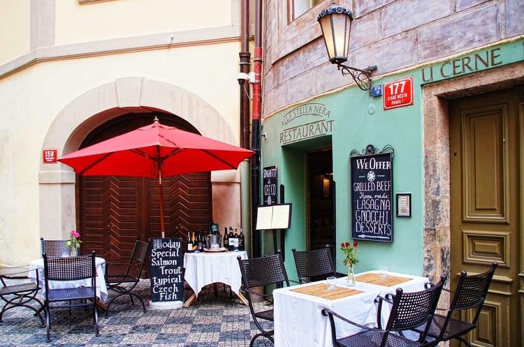 blog-in-person-meetings-restaurant.jpg