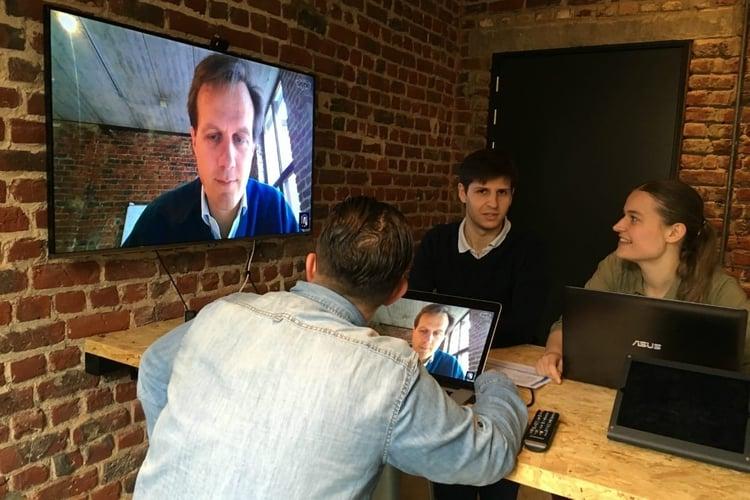 blog-virtual-meetings-conference-call-room.jpg
